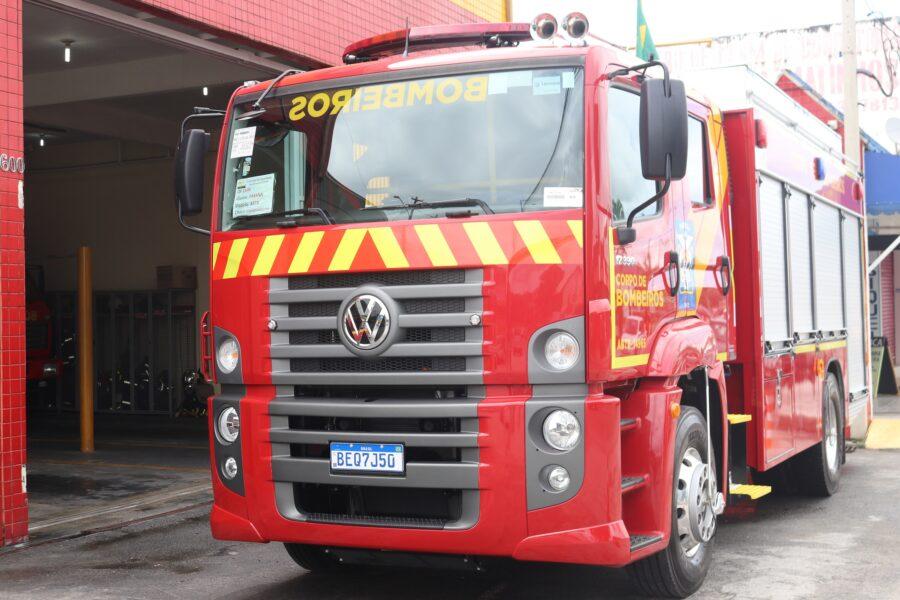 Convênio para aquisição de caminhões para bombeiros de Foz do Iguaçu é assinado