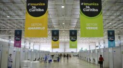 Curitiba vacinou 725.892 pessoas com a primeira dose da vacina contra a Covid-19