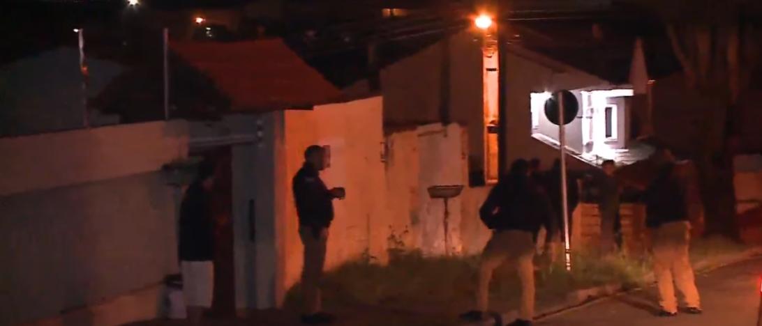 Ao ser despejado, homem tenta incendiar casa de dona de terreno em São José dos Pinhais