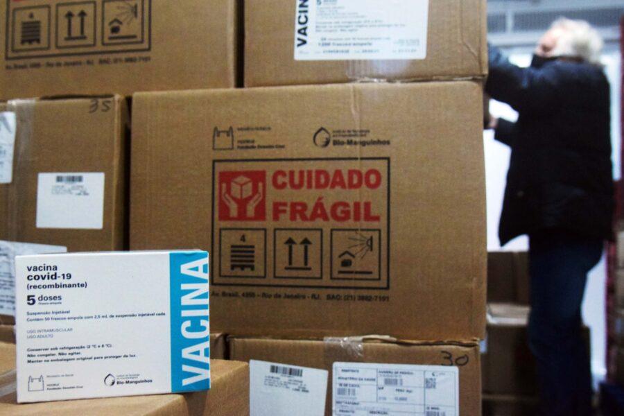 Sesa distribui 1,6 milhão de insumos para vacinação no Paraná