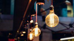 Energia elétrica: Aneel aprova reajuste de 8,97% para consumidores residenciais do Paraná