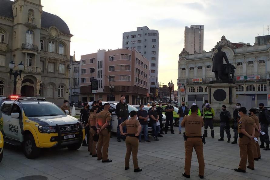 Na capital, festas clandestinas com 100 e 200 pessoas são flagradas em fiscalização
