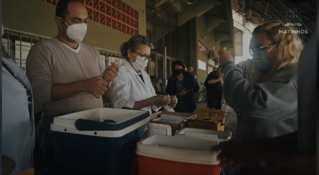 Prefeitura de Matinhos nega venda de lugar na fila de vacinação contra a Covid-19
