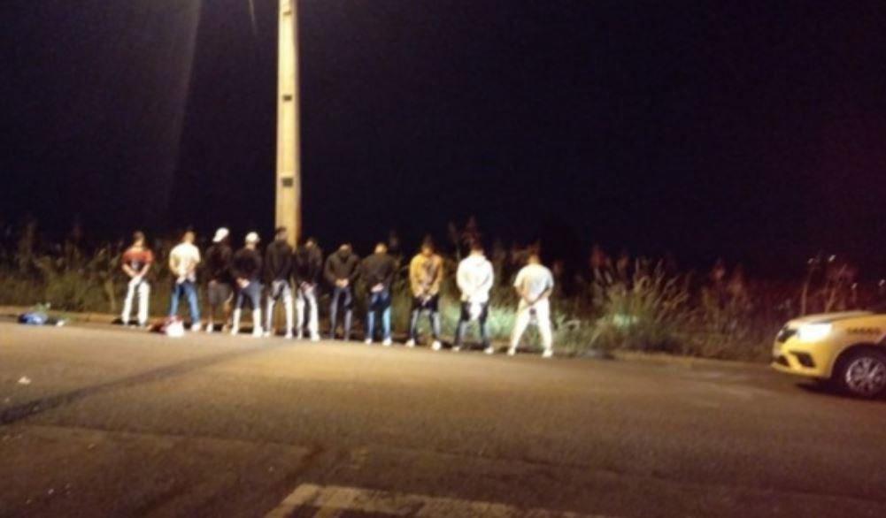 Participantes de festa clandestina são multados em R$ 1 mil durante fiscalização em Maringá