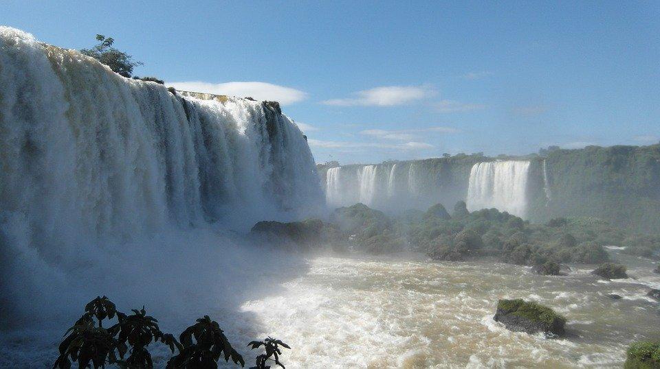 Foz do Iguaçu completa 107 anos com grandes adaptações em sua economia