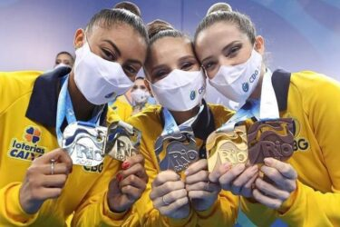 Ginasta curitibana Bárbara Domingos leva medalha de prata no Pan-Americano