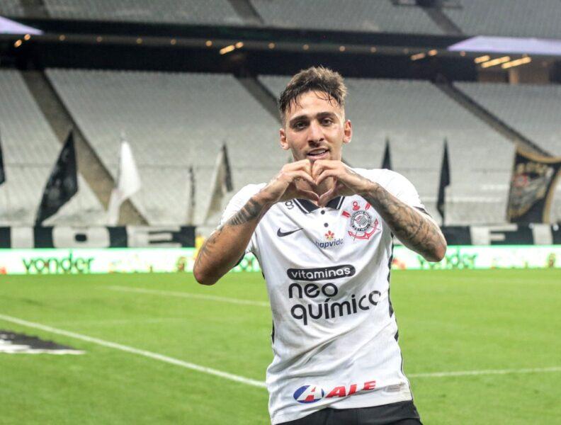 """Gustavo Mosquito comemora marca de 50 jogos pelo Corinthians: """"É um privilégio"""""""