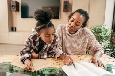 Homeschooling é aprovado em segundo turno pela Assembleia Legislativa