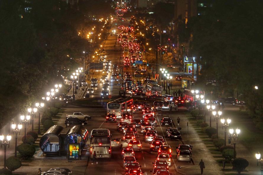 Curitiba registra 22 mortes e 801 casos de covid-19