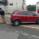 [IMAGENS FORTES] Mulher é executada com mais de 10 tiros no portão de casa, em Curitiba