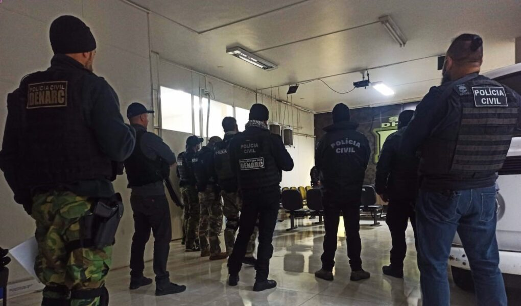 Polícia realiza operação contra suspeitos de tripla tentativa de homicídio no Sítio Cercado