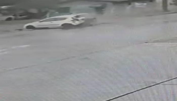 Câmera registra acidente durante perseguição policial, em Cascavel