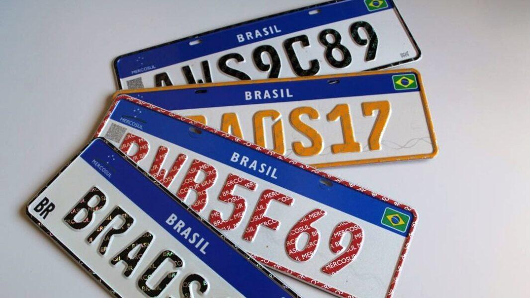 """Justiça nega pedido de dono de carro para mudar placa com sigla """"GAY"""""""