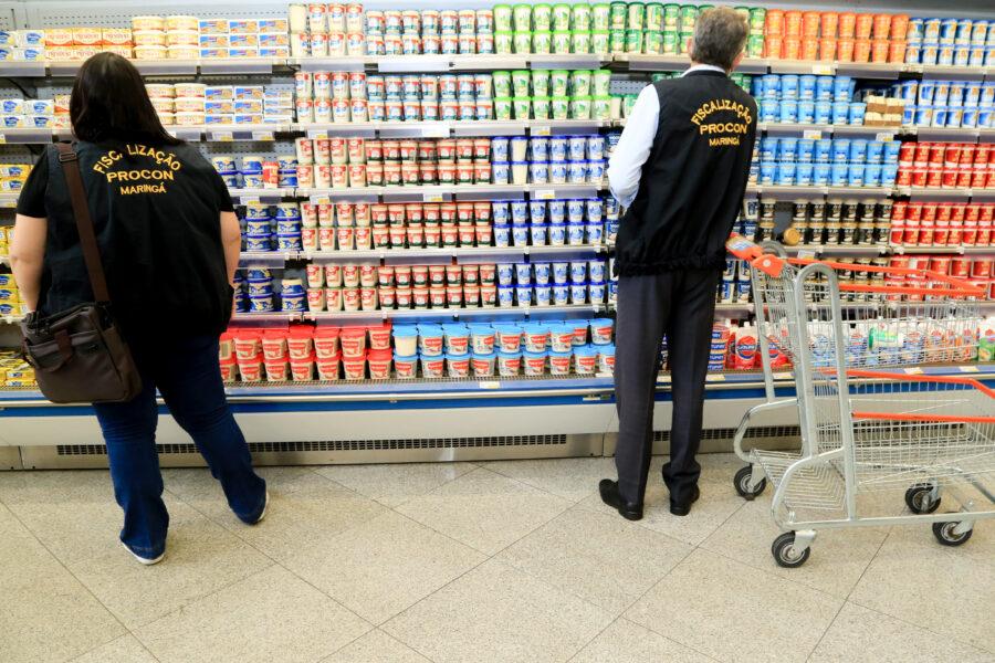 Decisão do TJ proíbe um supermercado de abrir aos domingos e feriados, em Maringá
