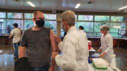 Vacina da covid-19 chega a público de 53 anos a partir de segunda (14)