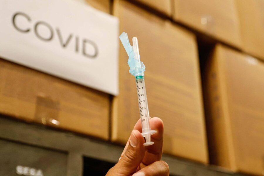 TCE-PR pede mais transparência aos municípios do estado na vacinação da covid-19