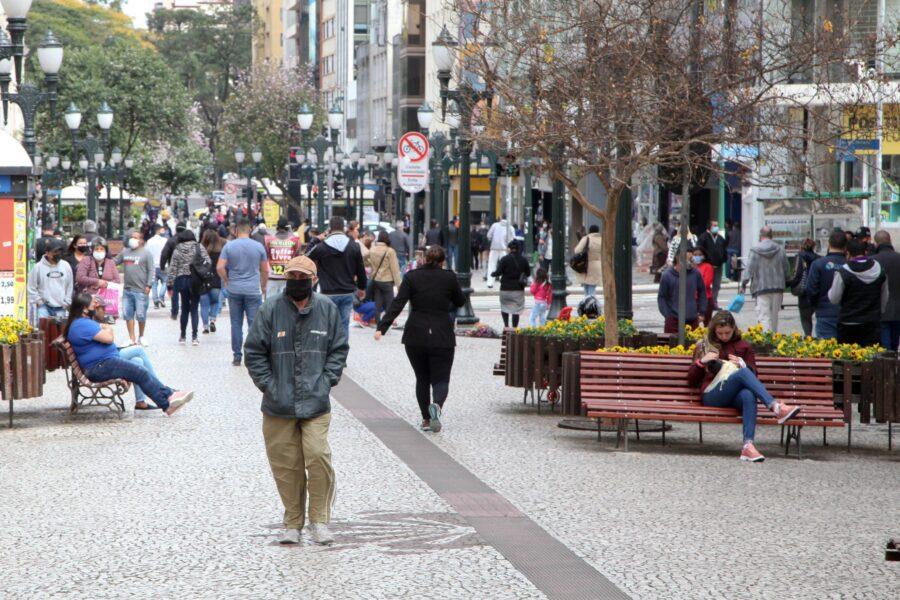 Temperatura em Curitiba volta a cair na próxima semana; máxima de 15ºC na segunda (7)