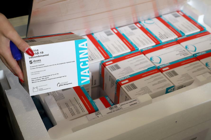 Paraná receberá nesta quarta (8) mais 237 mil vacinas da AstraZeneca