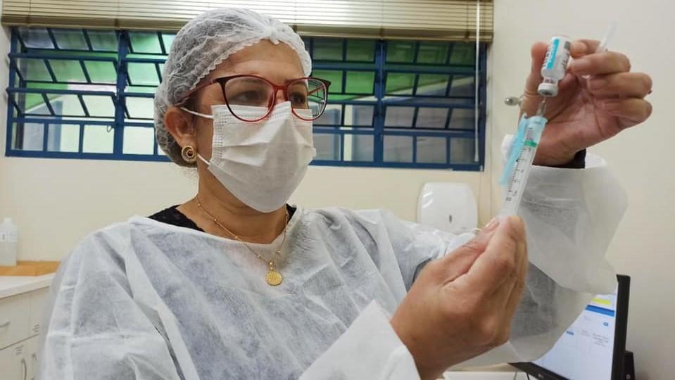 Maiores de 40 anos já podem se cadastrar para a vacinação em Londrina