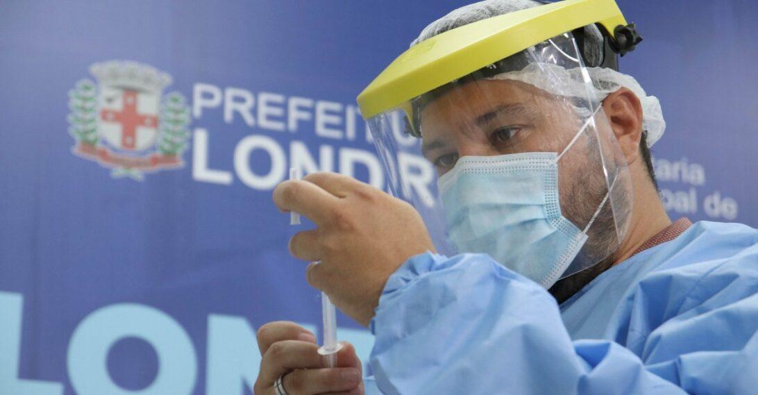 Pessoas com 47 anos ou mais já podem agendar a vacinação em Londrina