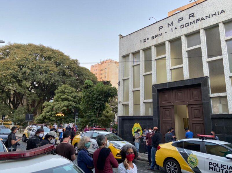 Vereador Renato Freitas é preso em abordagem policial e questiona procedimento
