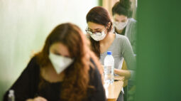UENP divulga gabarito do Vestibular 2021; exame foi realizado no domingo