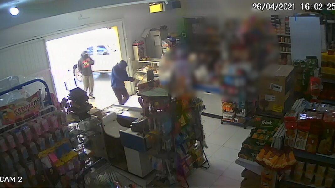 Dupla é presa acusada de assaltar mercado em Castro; veja vídeo