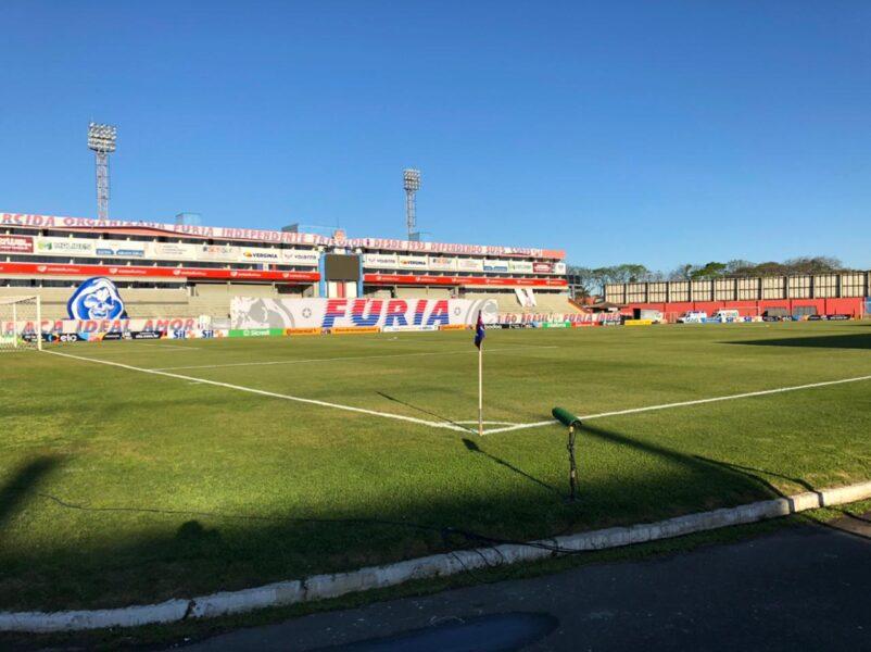 Paraná Clube x São José-RS: desfalques, escalações e arbitragem