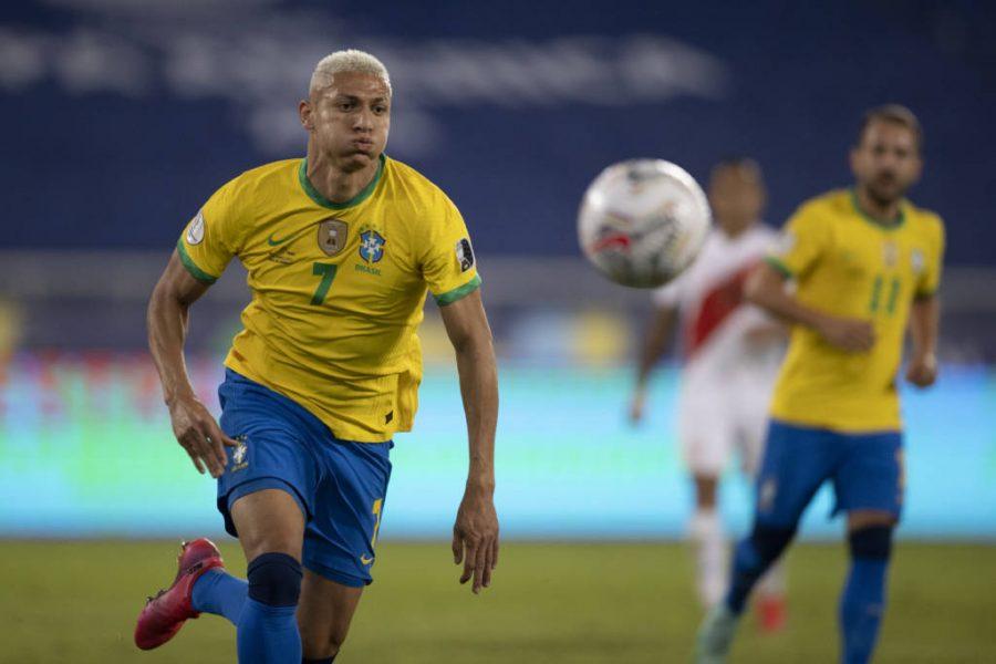 """Paulinho fala sobre atacantes da Seleção Olímpica: """"Jardine terá muito poder de escolha"""""""