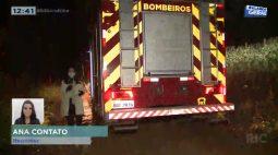 Incêndio de grandes proporções atinge mata na estrada do Limoeiro