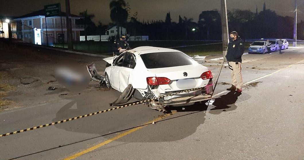 Jovem motorista perde o controle, capota veículo e morre após ser ejetado na BR-277