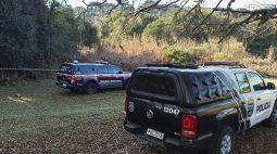 Homem desaparecido é encontrado morto a facadas em lago de Campo Largo