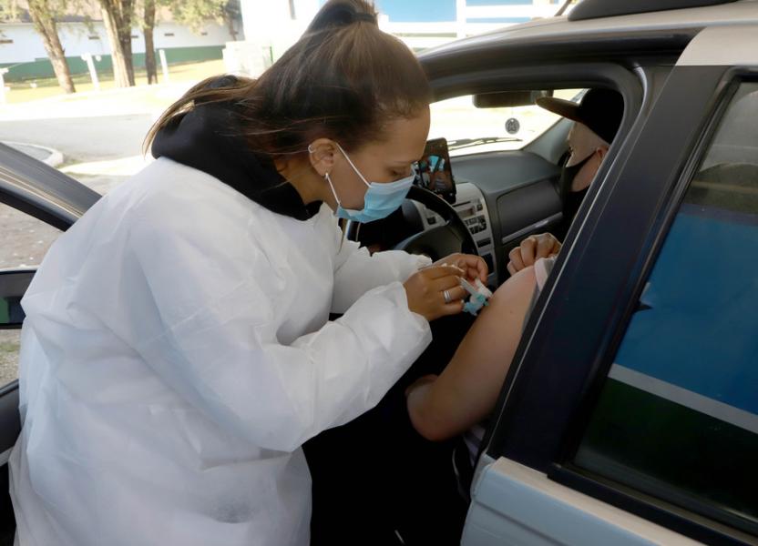 Covid-19: Oito cidades do Paraná devem explicar aplicação de vacinas inferior a 70%