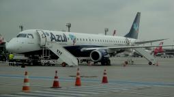 Asas de avião congelam e aeronave não consegue decolar na Grande Curitiba
