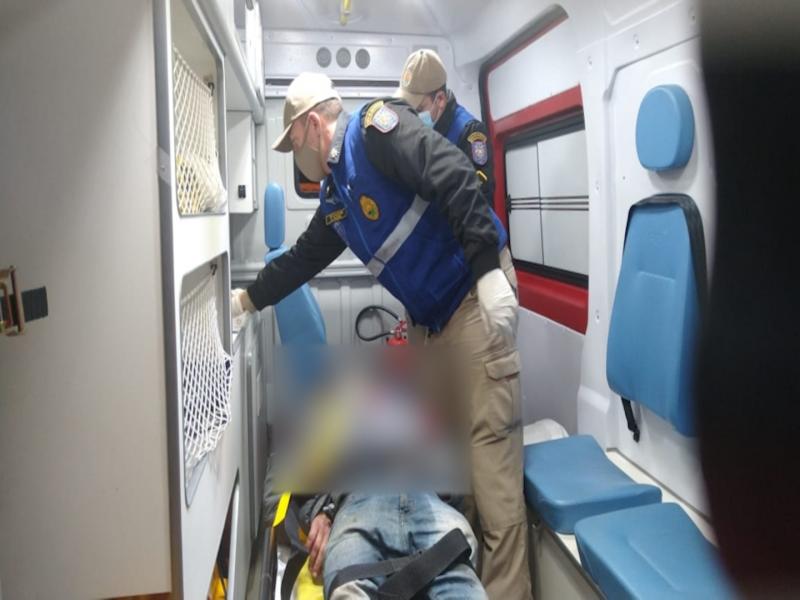 Motociclista com sinais de embriaguez perde a dentadura em acidente nos Campos Gerais