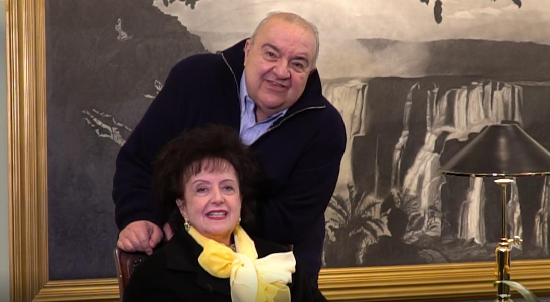 Curitiba volta para bandeira amarela e prefeito destaca reabertura de comércios e eventos