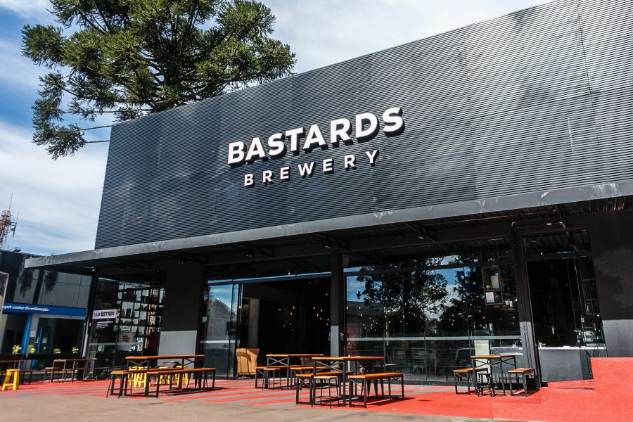Bastards Brewery inaugura novo bar da fábrica em Curitiba