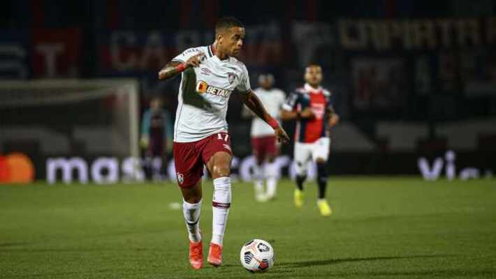 Caio Paulista volta ao Rio de Janeiro para ser avaliado no Fluminense