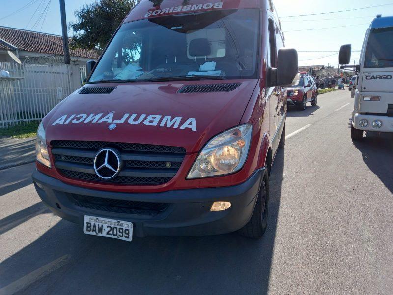 Criança de 3 anos morre atropelada por caminhão-guincho, na Grande Curitiba