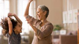 Temos o que comemorar no Dia dos Avós?