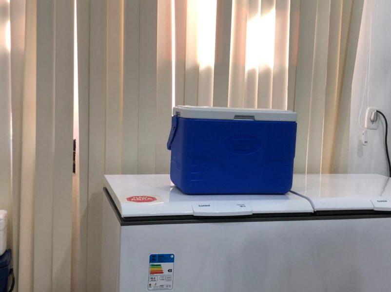 282 doses de Pfizer são jogadas no lixo após erro de armazenamento em Cascavel