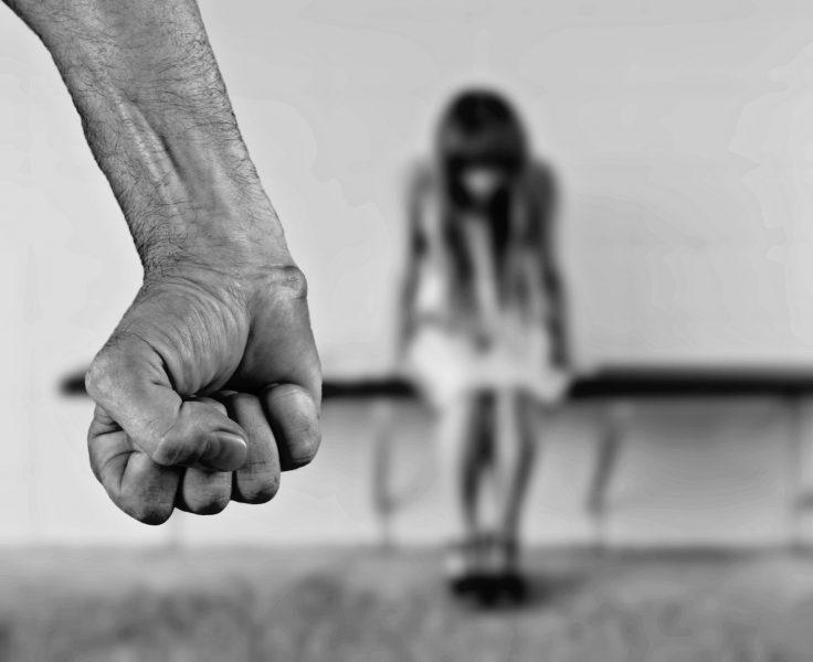 Professor de artes marciais suspeito de estuprar duas alunas é denunciado em Palmital