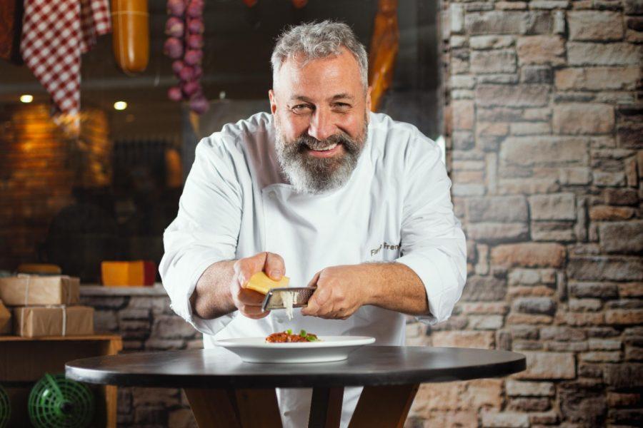 Chef Flávio Frenkel se junta à equipe de tradicional cantina italiana de Curitiba
