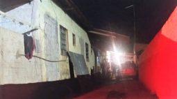 Homem é morto enquanto dormia ao lado da namorada, em Sertanópolis