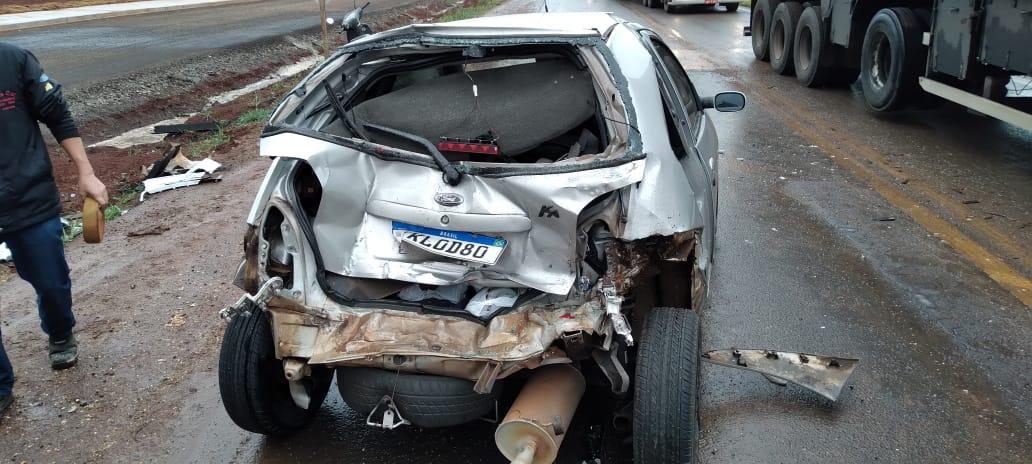 Ka fica retorcido em grave acidente na BR 163, na cidade de Toledo