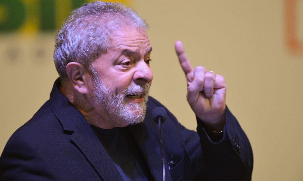 Lula lidera pesquisa sobre as Eleições de 2022, em todos os cenários