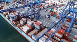 Tripulante de navio que atracou no Porto de Paranaguá positiva para a Covid-19 e embarcados estão em quarentena