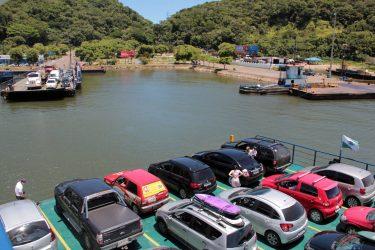 Empresa responsável pelo ferry boat de Guaratuba é multada após descumprir contrato