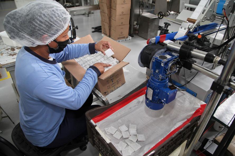 Paraná lidera geração de empregos em maio no Sul