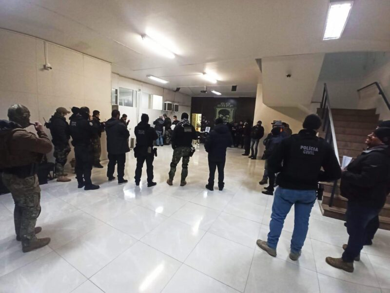 PCPR cumpre 16 mandados judiciais contra grupo criminoso envolvido em tráfico de drogas e homicídios na RMC